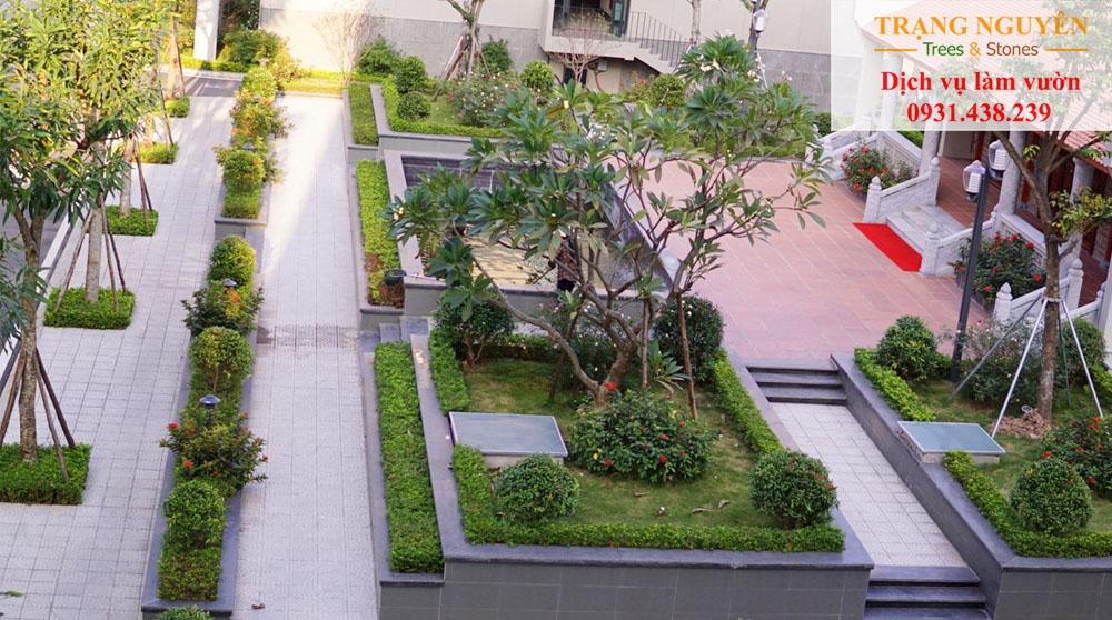 Chăm sóc sân vườn trường học
